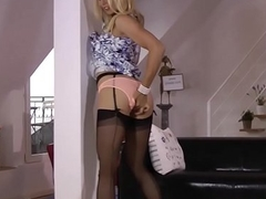Blonde brit sucking oldy