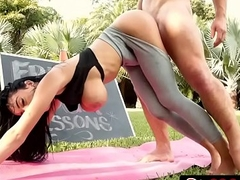 Free Yoga Fuck With Beautiful Latina Victoria June