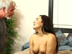 Gorgeous masseuse screwed by oldmans cock