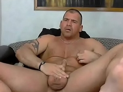 Bodybuilder Wanks and Moans Loudly